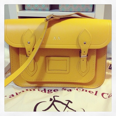 The 13inch classic satchel in yellow.